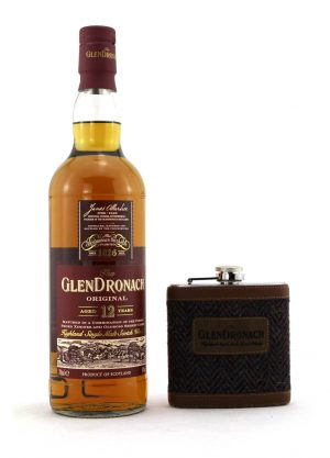 Glendronach The Original 12 Year Old-Gift Set-BFF-900x1250-Malt Whisky Agency