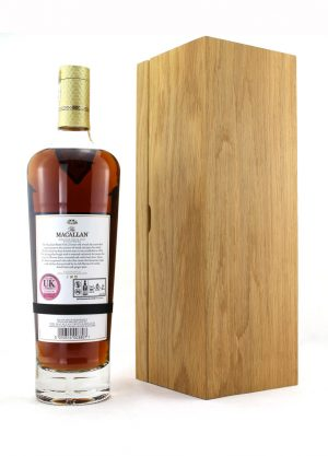 Macallan 25 Year Old 2019 Annual Release-R-900x1250-Malt Whisky Agency