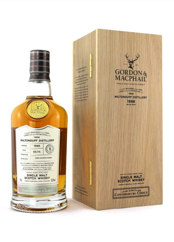 Miltonduff-Gordon & Macphail 30 Year Old-F-900x1250-Malt Whisky Agency