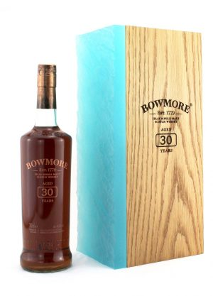 Bowmore 30 Year Old Annual Release 45.3%-F-900x1250-Malt Whisky Agency