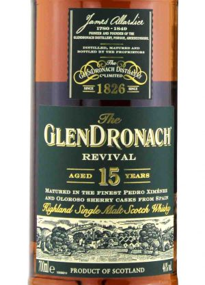 Glendronach 15 year Old Revival 46%-L-900x1250-Malt Whisky Agency