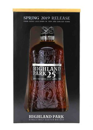 Highland Park-25 Year Old Spring 2019 Release 46%-I-900x1250-Malt Whisky Agency